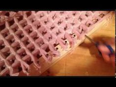 POM POM BLANKET LOOM - STEP BY STEP TUTORIAL PART 4 - How to tie off using a shuttle - - YouTube