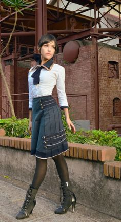 Actually, this is Elizabeth from Bioshock cosplay.Steampunk school girl<<< Now I actually like, just make the heel a little bit smaller and it'll be perfect Moda Steampunk, Costume Steampunk, Casual Steampunk, Steampunk Clothing, Steampunk Fashion, Gothic Steampunk, Victorian Gothic, Gothic Lolita, Gothic Fashion