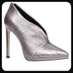 """📢70% off. 1 HOUR SALE🎉HP. Aldo Kahoe High Heels 👠You'll keep it cool in the Kahoe. This chic ankle bootie by ALDO delivers a textured med silver leather upper with curvy opening and back zipper.  Heel measures approximately 4.75"""" Platform measures approximately 0.5"""" Leather Upper Heel Height: Over 5 Inch This Shoe Fits True To Size.🆓 ✅ Free $5 or less item in my closet with any purchase ✅ I love to receive offers. 15% off bundle of 2 or more. Higher discount considered for larger bundles…"""