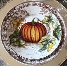 Splendor in the South — Williams-Sonoma Thanksgiving Table Settings, Thanksgiving Tablescapes, Family Thanksgiving, Thanksgiving Plates, Vintage Thanksgiving, Thanksgiving Decorations, Williams Sonoma, Autumn Table, Autumn Decorating
