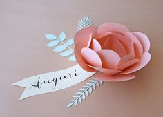 paper-flower-greeting http://www.allthingspaper.net/2014/01/valentines-day-paper-crafts-from-giochi.html