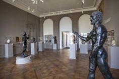 Farrow & Ball   Rodin Museum: Biron Gray and Slipper Satin