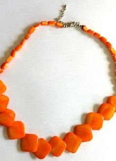 A vendre sur #vintedfrance ! http://www.vinted.fr/accessoires/colliers/15946118-beau-collier-orange