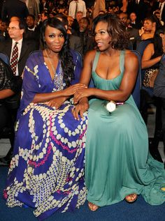 """Venus and Serena{/}J1s .._`-;"""" weView.._`-;""""MoB'N""""MoNdAy`Z rEALitHOe""""/Vj!s looking glam as hell"""