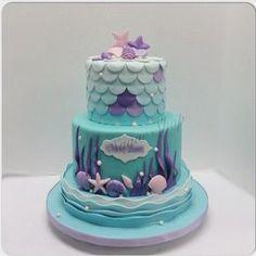 Elegant Mermaid Cake