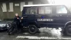 Van will not start – Watch Italian Carabinieri having to push it  Pretty unusual and incredible scenes on Monday afternoon at Trotter Park in Milan. At the end of the workers march event on May the first, the Carabinieri of the 3rd Regiment of Lombardy had some problems with their van – which it seemed not exactly brand new – and they stayed on foot.
