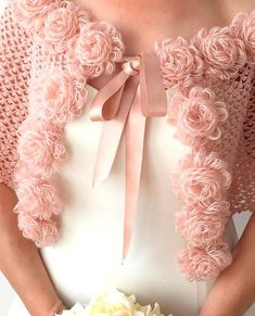Crochet Snood, Crochet Cape, Crochet Jacket, Knitted Headband, Crochet Gifts, Crochet Scarves, Crochet Clothes, Crochet Stitches, Crochet Flower Patterns