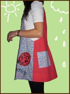 Marigorringo bat dabil zure amantalean abil. Maestra eta andereño MO ÑO ÑO :) Nueva colección Pchi maestra 2015 Female, Sewing, Aprons, Pattern, Fashion, Apron, School, Vestidos, Block Prints