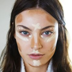 Técnica de contorno para rosto.