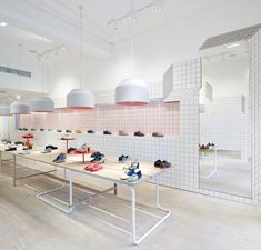 Camper store Glasgow by Tomás Alonso