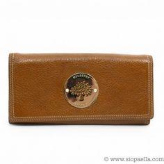 5aca73acc508 Mulberry Daria Continental Oak Leather Wallet Siopaella Designer Exchange  Dublin Shop 24/7 on www.siopaella.com We ship worldwide