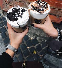 638 вподобань, 20 коментарів – sᴍᴍ|ᴋʜᴀʀᴋᴏᴠ|ᴜᴋʀᴀɪɴᴇ (@mizzgzb) в Instagram: «Вот точно Вам скажу, Львов и кофе невозможно разделить☕️ ⠀ На каждой улочке множество кофеин,…»