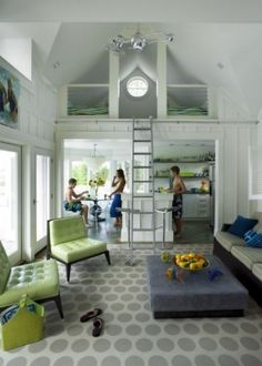smallll beach  house