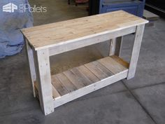 Pallet Shelves Projects Hallway Pallet Table: I made this Hallway table from pallet wood - I made this Hallway table from pallet wood Pallet Desk, Pallet Table Top, Pallet Shelves, Pallet Furniture, Furniture Projects, Pallet Couch, Pallet Benches, Pallet Cabinet, Pallet Bar