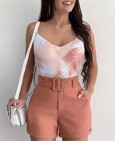 Source by juvenil femenina moda gorditas Trendy Summer Outfits, Short Outfits, Spring Outfits, Casual Outfits, Cute Outfits, Belted Shorts Outfits, Bikini Outfits, Mode Chic, Mode Style
