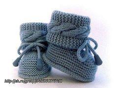 Crochet Bolero Pattern, Baby Booties Knitting Pattern, Booties Crochet, Baby Hats Knitting, Crochet Baby Shoes, Crochet Baby Booties, Baby Knitting Patterns, Hand Knitting, Knit Baby Dress