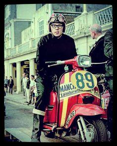 Piaggio Scooter, Vespa Lambretta, Motor Scooters, Vespa Scooters, Course Vintage, Northern Soul, Motown, Courses, Cool Bikes