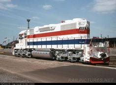 #668 Joliet & Eastern Railway EMD SD38-2 at Gary, Indiana