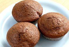 Meggyes-kakaós muffin nádcukorral