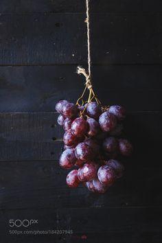 Purple Grapes... by ThaiThu