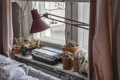 Oravankesäpesä: KYLVÖHOMMIA. Desk Lamp, Table Lamp, Lighting, Home Decor, Homemade Home Decor, Table Lamps, Lights, Lightning, Decoration Home