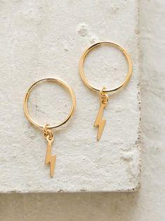 קเภtєгєรt : @wιenavdgrυιтer Cute Jewelry, Jewelry Box, Jewelry Accessories, Jewelry Making, Jewelry Ideas, Diy Jewelry, Silver Jewelry, Geode Jewelry, Clean Jewelry