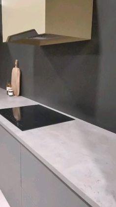 Kitchen Room Design, Modern Kitchen Design, Interior Design Kitchen, Countertop Backsplash, Kitchen Countertops, New Kitchen Inspiration, Marble Interior, Contemporary Kitchen Cabinets, Smart Kitchen
