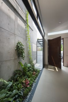 Outdoor space on the side