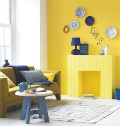Hugs and Violence: Un caminetto giallo per San Valentino Room, Yellow Walls, Interior, Blue Living Room, Blue Rooms, Happy New Home, Home Deco, Home And Living, House Colors