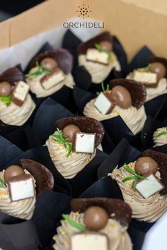 Catering, Food And Drink, Cupcakes, Cheese, Meals, Decorating, Fit, Decor, Cupcake