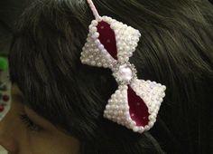 lace felt and pearls- Laço com meia perolas strass e Feltro