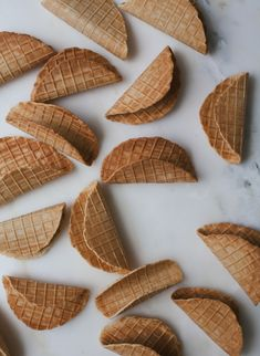 Homemade Choco Tacos Recipe (Klondike) - A Cozy Kitchen Ice Cream Taco, Waffle Ice Cream, Ice Cream Treats, Ice Cream Desserts, Frozen Desserts, Ice Cream Recipes, Frozen Treats, Food Truck Desserts, Choco Taco