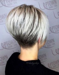 Best Short Wedge Haircuts for Chic Women The wedge hairstyles give women a retro look. Find the best advice as well as hot picture of the Best Short Wedge Haircuts for Chic Women. Short Wedge Haircut, Short Wedge Hairstyles, Choppy Bob Hairstyles, Short Pixie Haircuts, Short Hairstyles For Women, Hairstyles 2018, Cool Haircuts For Women, Short Stacked Haircuts, Fine Hairstyles