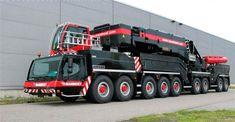 Dark Roasted Blend The World S Most Powerful Mobile Crane Heavy Construction Equipment Heavy Equipment Trucks