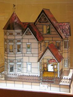 stained glass dollhouse - absolutely must do someday, maybe after about 25 years of practice.