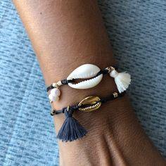 Cowrie Shell Bracelet Festival Bracelet Gemstone Bracelet Xmas Gift Gold Shell B . Bracelets Hippie, Beach Bracelets, Tassel Bracelet, Summer Bracelets, Shell Bracelet, Shell Jewelry, Shell Necklaces, Heart Bracelet, Beach Jewellery