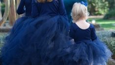 bayne_twomey_mcg_photography-flower-girls-royal-blue