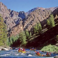 going tomorrow with my Auntie and uncle! Bring on the corona and sunshine Whitewater Rafting, Maybe Someday, Outdoor Parties, California Travel, Places To Go, Scenery, Ocean, River, Adventure