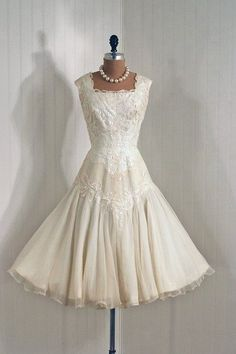 Gorgeous vintage dress... love the shoulder/neckline.. need length.. past knee i think