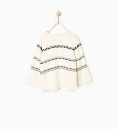 Horizontal embroidery blouse
