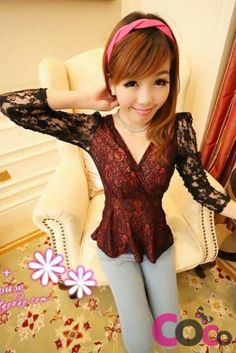 Red&Black  Long Sleeves Lace V-Neck Asian Fashion Blouse With A Frill At Waist
