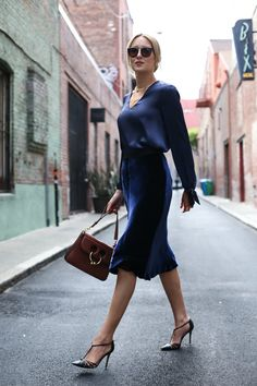 fall-trends-velvet-midi-skirt-navy-satin-blouse-work-wear-office-style-mary-orton5