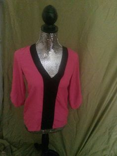 Size small Guess pink top