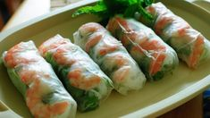 Vietnamese Fresh Spring Rolls Recipe and Video Vietnamese Recipes, Asian Recipes, Ethnic Recipes, Vietnamese Rolls, Vietnamese Food, Vietnamese Fresh Spring Rolls, Healthy Spring Rolls, Summer Rolls, Summer Wraps