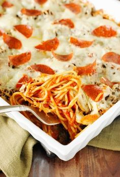 With this Pizza Spaghetti Bake, you can enjoy two family favorites in one quick-and-easy dinner.