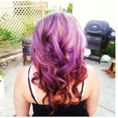 Red on bottom, purple, brownish red, blonde on top, my hairr :)