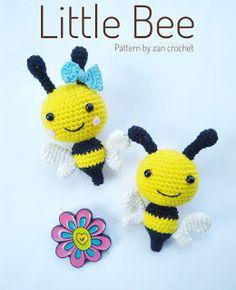 gratis free:Little Bee Free Amigurumi Pattern. This pattern is using US terminology. Crochet Diy, Crochet Patterns Amigurumi, Crochet Dolls, Crochet Crafts, Crochet Projects, Knitting Patterns, Beginner Crochet, Knitting Ideas, Crochet Keyring Free Pattern