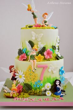 Tinkerbell - Fairies Chocolate cake with Oreo cookies and cheese cream filling Tinkerbell Birthday Cakes, Fairy Birthday Cake, Birthday Cake Girls, Tinkerbell Cake Topper, Fairy Garden Cake, Garden Cakes, Fairy Cupcakes, Ganache Cake, Tinkerbell Fairies
