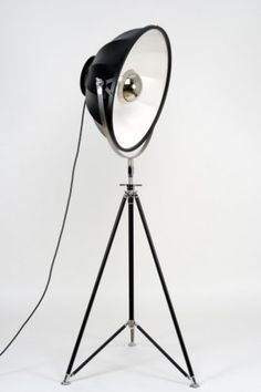 Fortuny Studio 1907 modern tripod with metal diffuser Fortuny® floor lamp