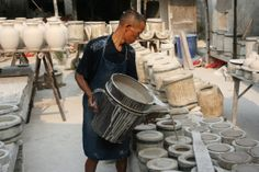 http://chinalinkstravel.co.uk/tour/china-ceramic-study-tour/